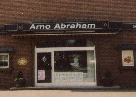 Eingang Abraham ca. 2000
