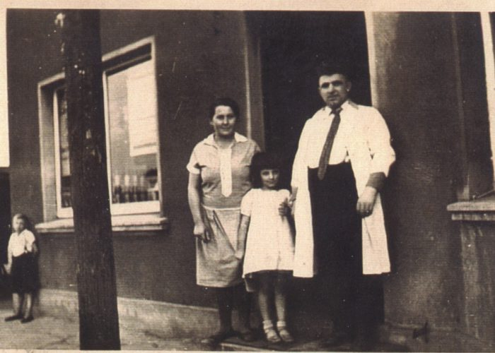 Fam Kaldyk vor Laden 1935