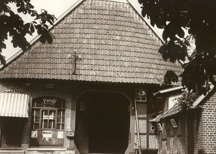Haus Lichtenberg mit Laden
